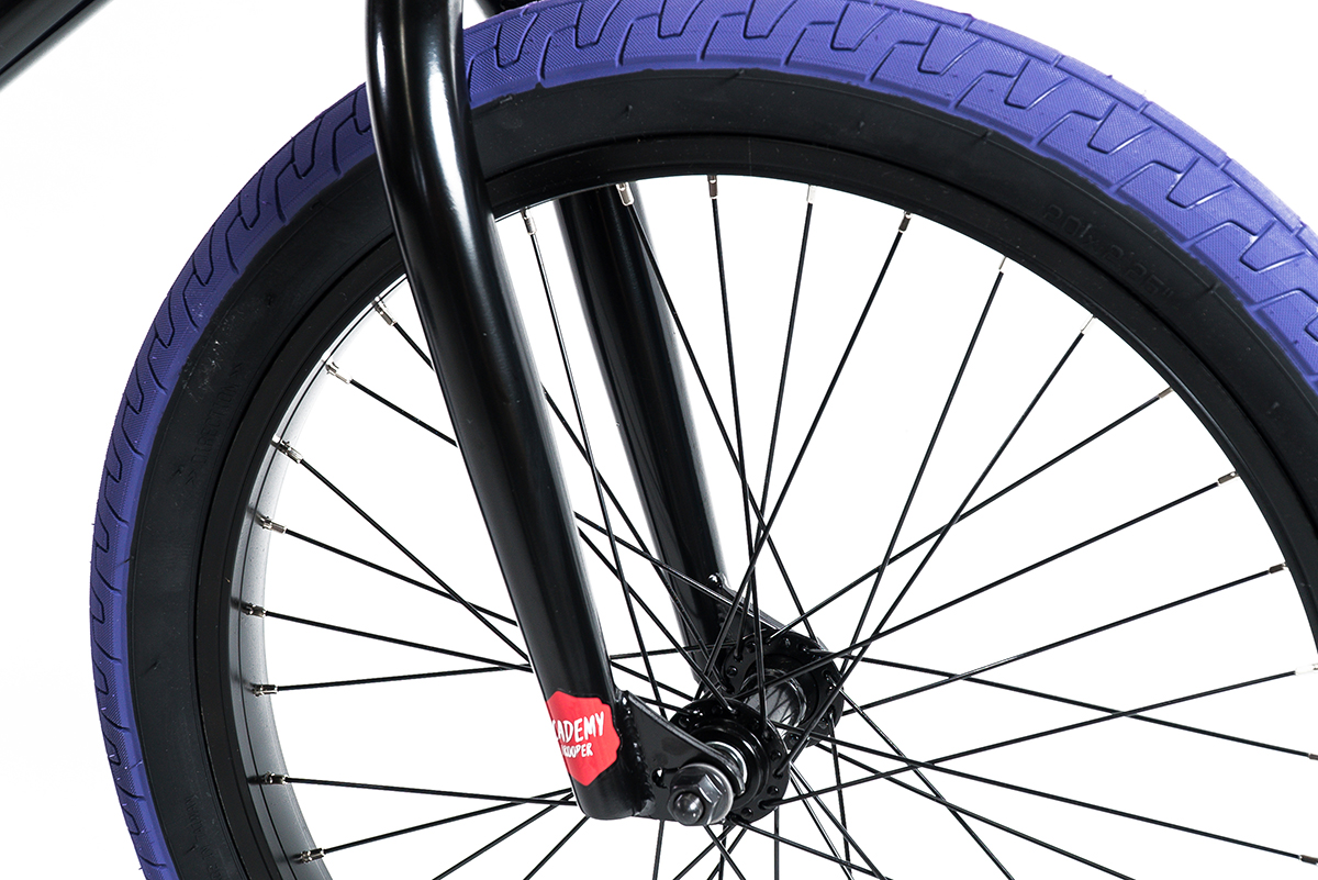 trooper-20-black-purple-front-wheel